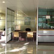 Servicios de limpieza en oficinas y salas de monitores